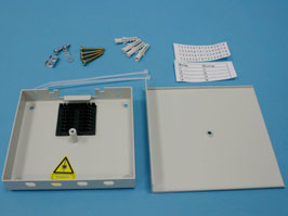 Оптический кросс настенный 4 порта FC/ST со сплайс кассетой